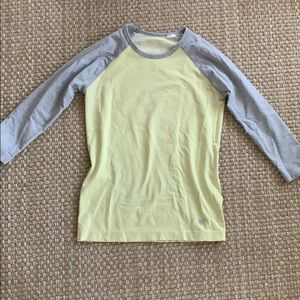 Tops - Workout top yellow top